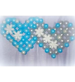 Двойное сердце со снежинками