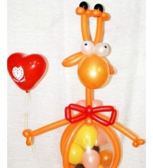 Композиция из шаров Влюбленный Жирафик
