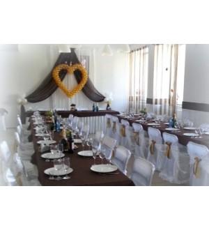 Оформление свадебного зала в темных тонах