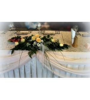 """Композиция из  живых цветов  """"Розы"""""""