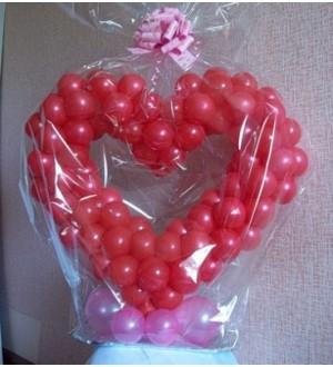 Сердце из шаров на подставке